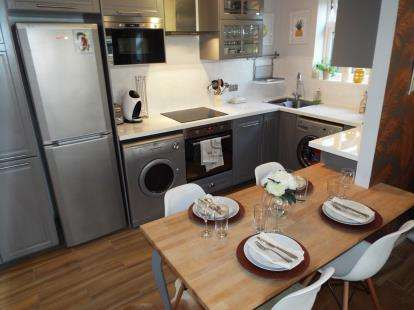 2 Bedrooms Flat for sale in 24 Marlborough Road, Bournemouth, Dorset