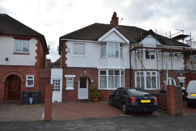 3 Bedrooms Semi Detached House for sale in Phipson Road, Sparkhill, Birmingham, B11