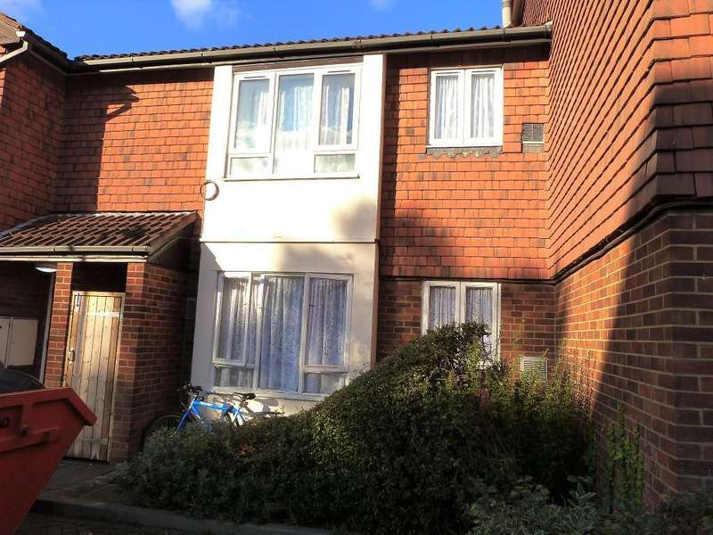 Studio Flat for sale in Brendon Close, Harlington, Hayes, UB3 5NG
