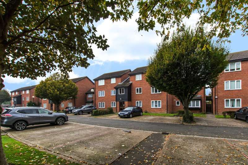 1 Bedroom Flat for sale in Firs Close, Mitcham, CR4