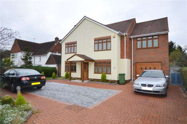 6 Bedrooms Detached House for sale in Parkway, Camberley, Surrey