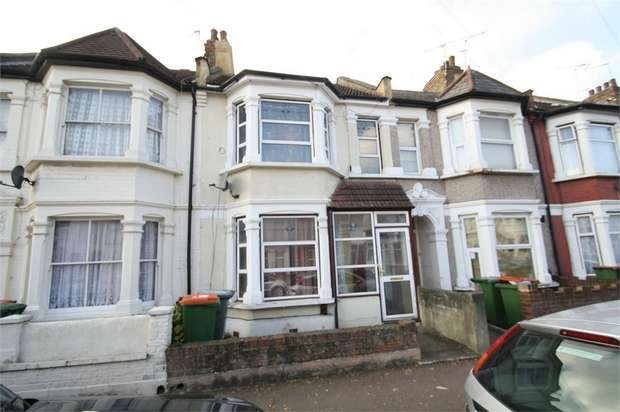 3 Bedrooms Terraced House for rent in Thackeray Road, East Ham, E6 3BN