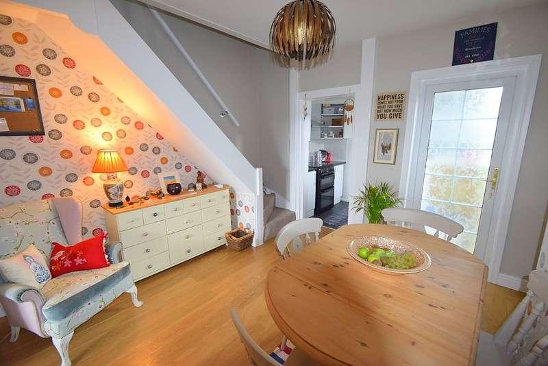3 Bedrooms Terraced House for sale in Eton Wick Road, Eton Wick, SL4