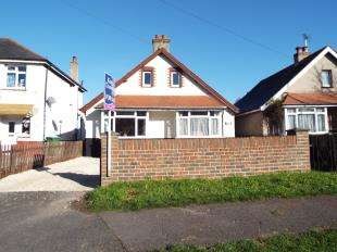 2 Bedrooms Bungalow for sale in Chichester Road, Bognor Regis, West Sussex