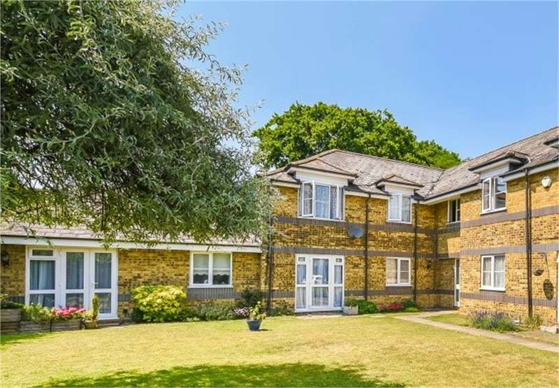 2 Bedrooms Flat for sale in Rickmansworth Road, Harefield, Middlesex