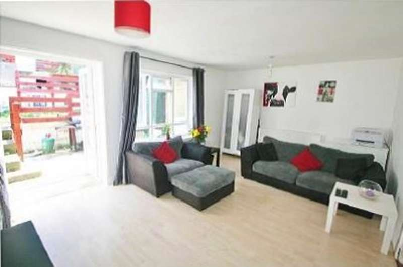 3 Bedrooms Terraced House for sale in Partridge Knoll, Purley, CR8 1BR