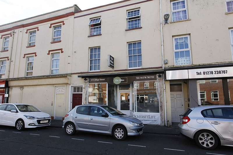3 Bedrooms Commercial Property for sale in College Street, Burnham-on-Sea, Somerset, TA8 1AR