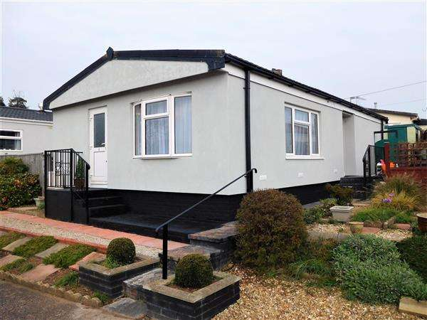3 Bedrooms Detached House for sale in Eastern Avenue, Newport Park, Topsham
