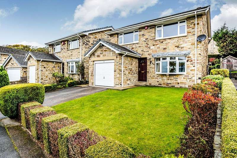 4 Bedrooms Detached House for sale in Beechwood Grove, Fixby, Huddersfield, HD2