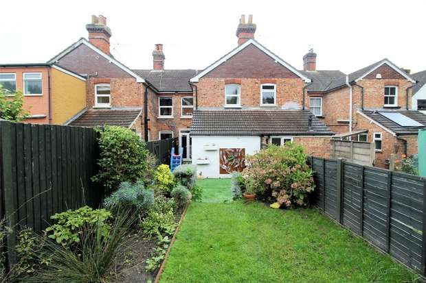 3 Bedrooms Terraced House for sale in Brookwood, Woking, Surrey