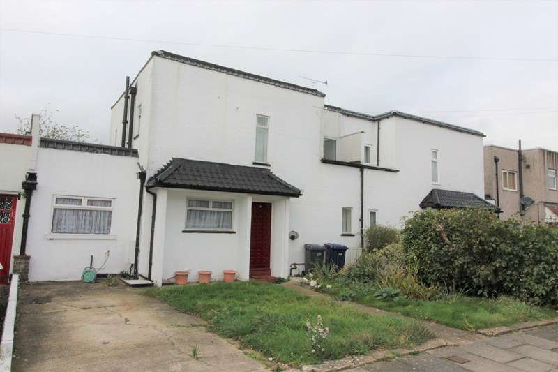 3 Bedrooms Semi Detached House for sale in Raydean Road, New Barnet