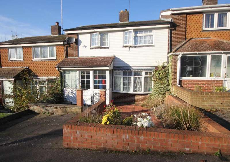 3 Bedrooms House for sale in EXTENDED 3/4 BED with GARAGE & NO UPPER CHAIN - HP1