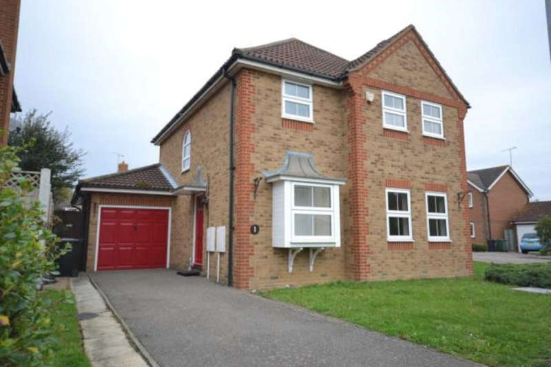4 Bedrooms Detached House for rent in Conyer Close, Maldon