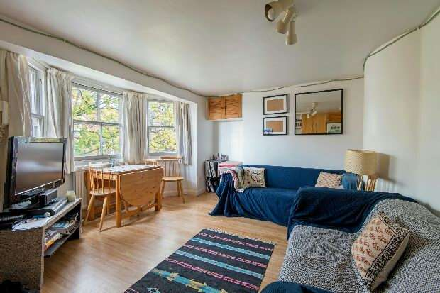 3 Bedrooms Flat for sale in Liverpool Road, Islington, N1