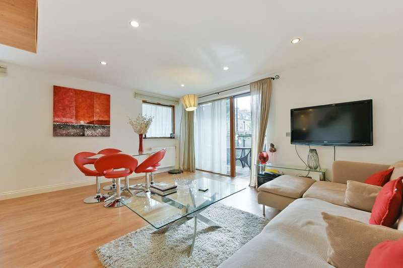 2 Bedrooms Flat for sale in Trevithick Way, London E3