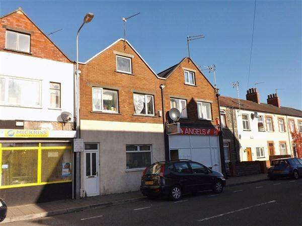 2 Bedrooms Apartment Flat for rent in Broadway, Cardiff