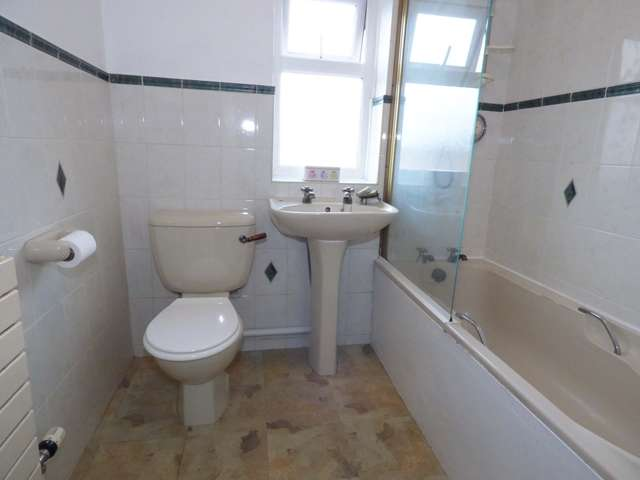 2 Bedrooms Terraced House for sale in Swansey Lane, Whittle-le-Woods, Nr Chorley, PR6