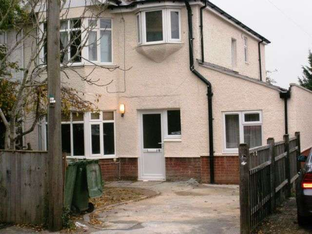 7 Bedrooms Detached House for rent in Grosvenor Road, Highfield, Southampton