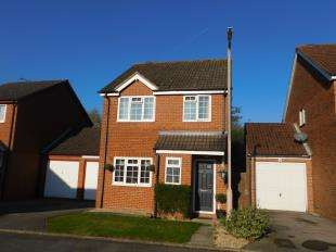 3 Bedrooms Detached House for sale in Haywain Close, Weavering, Maidstone, Kent