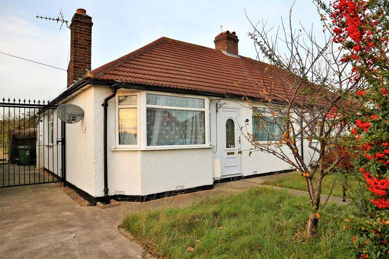 2 Bedrooms Semi Detached Bungalow for sale in King Harolds Way, Bexleyheath, Kent, DA7 5QZ