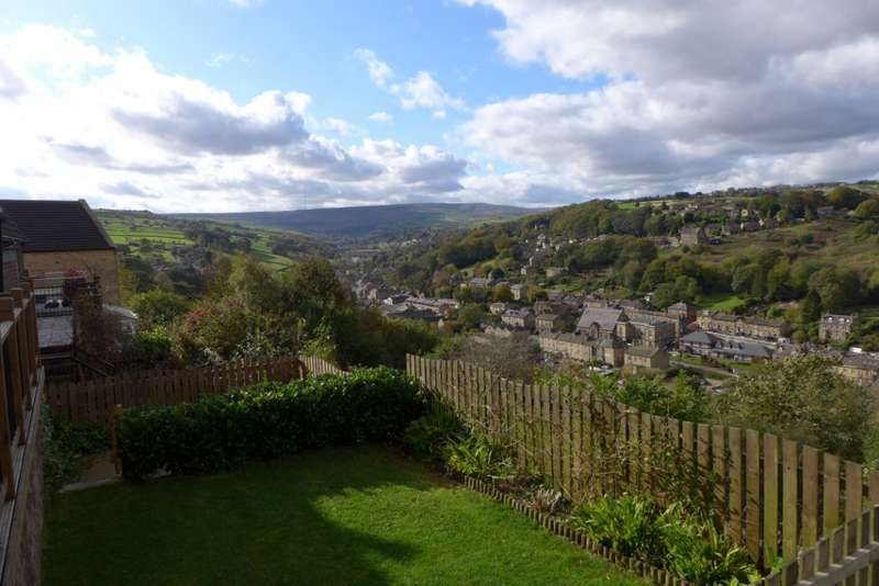 3 Bedrooms Semi Detached House for sale in Hey Cliff Road, Holmfirth, HD9