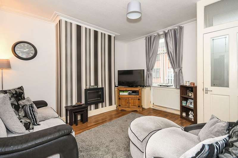3 Bedrooms Terraced House for sale in Hardshaw Street, St. Helens, WA10
