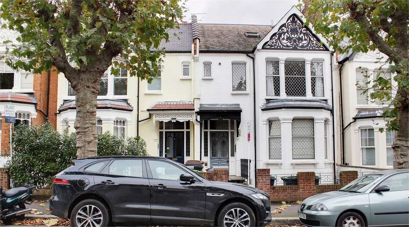 1 Bedroom Flat for sale in Methuen Park, Muswell Hill, London