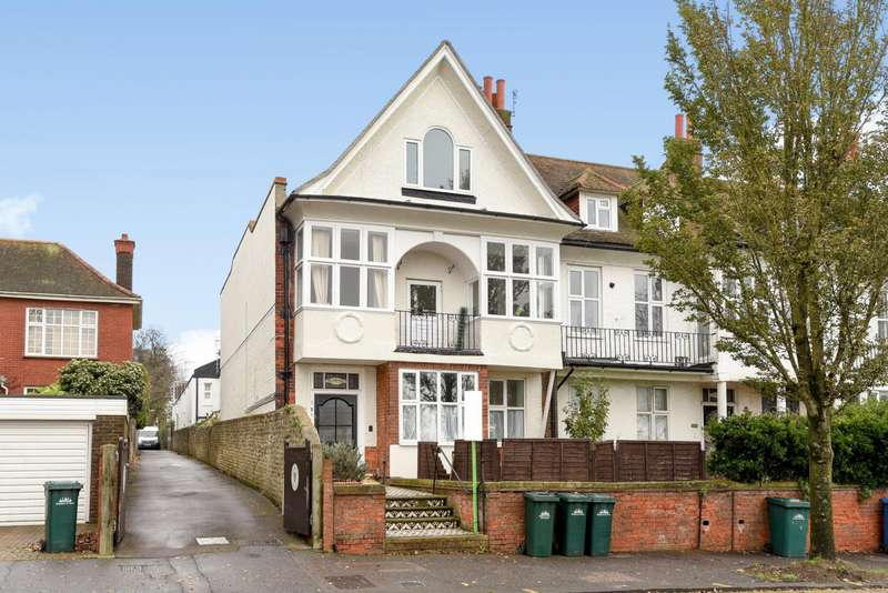 2 Bedrooms Flat for rent in Dyke Road, Brighton