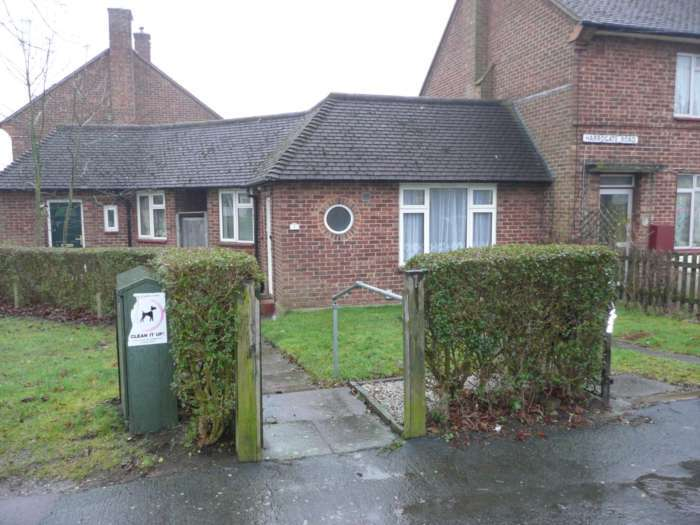 1 Bedroom Bungalow for rent in Harrogate Road, South Oxhey