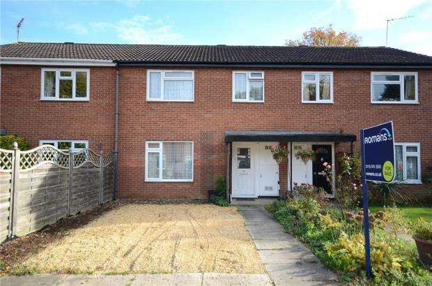 3 Bedrooms Terraced House for sale in Chatsworth Avenue, Winnersh, Wokingham