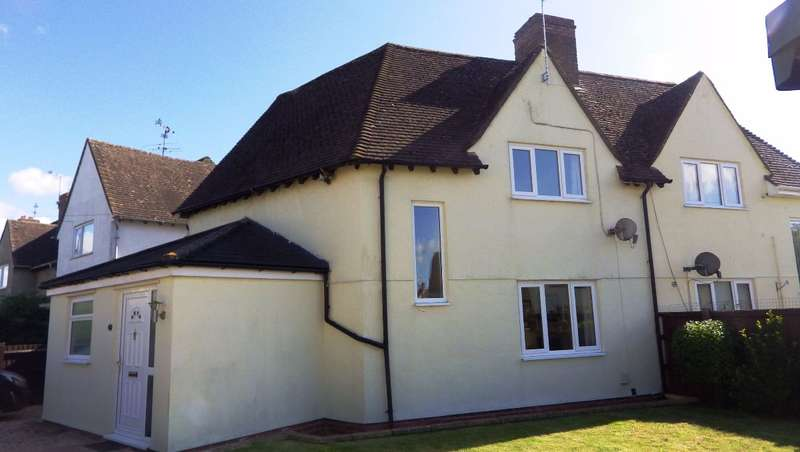 5 Bedrooms Semi Detached House for rent in Brooke Road