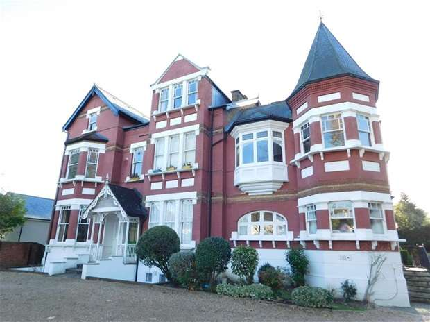 1 Bedroom Flat for sale in Langley Avenue, Surbiton