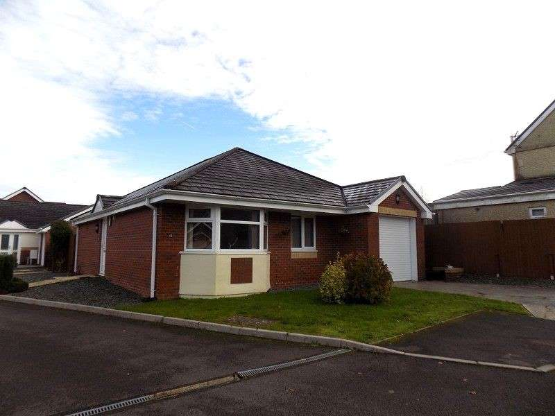 3 Bedrooms Detached Bungalow for sale in Maes Y Ceffyl , Cwmgwrach, Neath, Neath Port Talbot. SA11