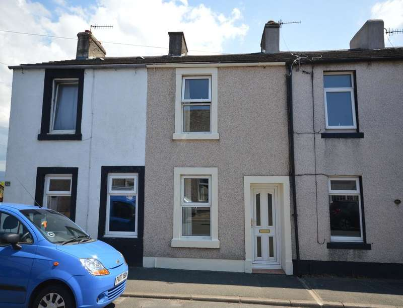 2 Bedrooms Property for rent in Birks Road, Cleator Moor, CA25