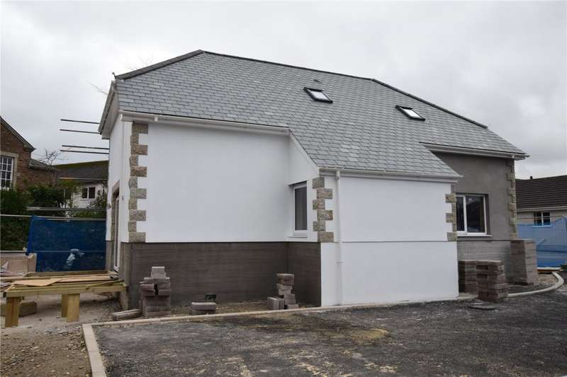 3 Bedrooms Detached Bungalow for sale in Mount Pleasant Road, Camborne