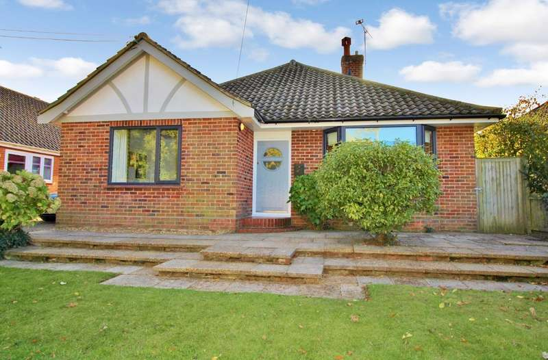 4 Bedrooms Detached Bungalow for sale in Horstead, Norwich