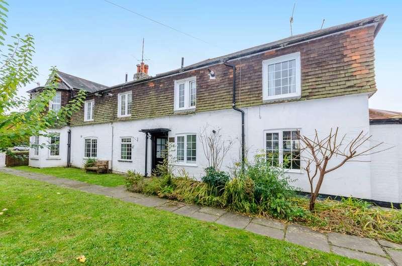 1 Bedroom Flat for sale in Guildford, Shalford, GU4