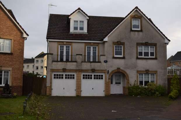 5 Bedrooms Detached House for sale in Langhaul Court, Crookston, G53