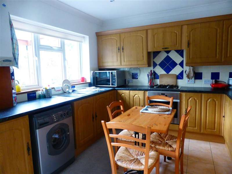 3 Bedrooms Detached Bungalow for sale in Railway Avenue, Whitstable, Kent