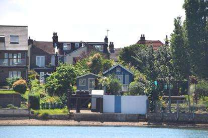 4 Bedrooms Terraced House for sale in Hardway, Gosport, Hampshire