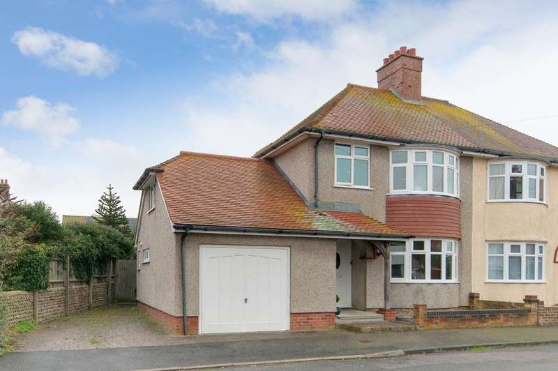 4 Bedrooms House for sale in Milldown Road, Seaford, BN25 3PB