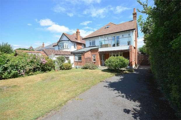 3 Bedrooms Detached House for sale in Ophir Road, Bournemouth, Dorset