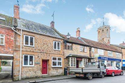 3 Bedrooms Terraced House for sale in South Petherton, Somerset
