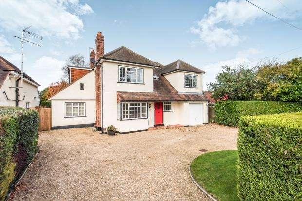 5 Bedrooms Detached House for sale in Westfield, Woking, Surrey