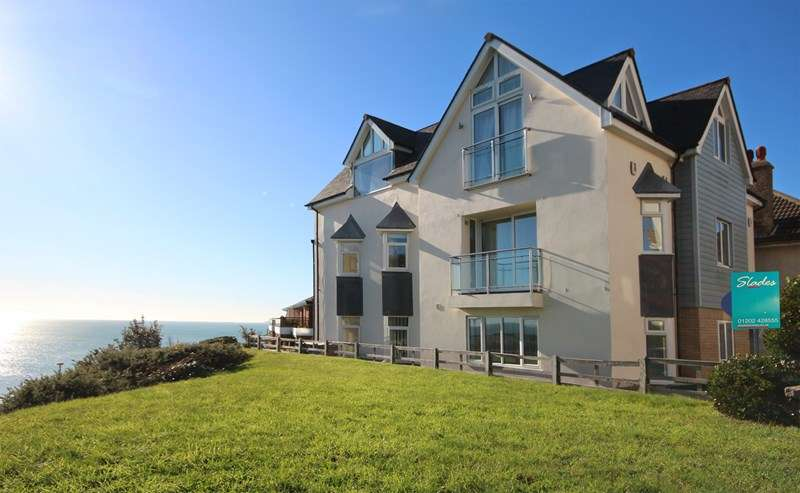 2 Bedrooms Flat for sale in Michelgrove Road, Boscombe Spa, Bournemouth