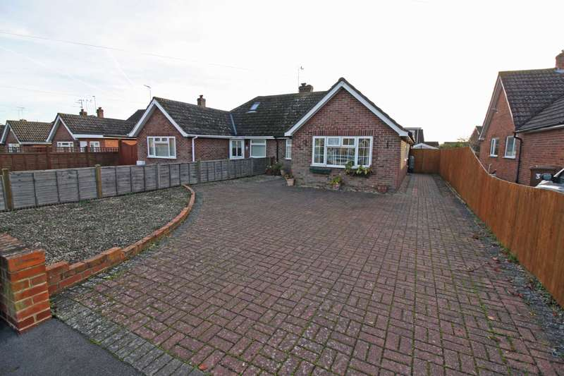2 Bedrooms Semi Detached Bungalow for sale in Edwin Road, Didcot