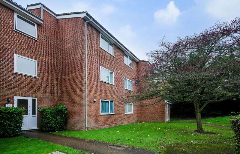 1 Bedroom Flat for sale in Cranston Close, Ickenham, UB10
