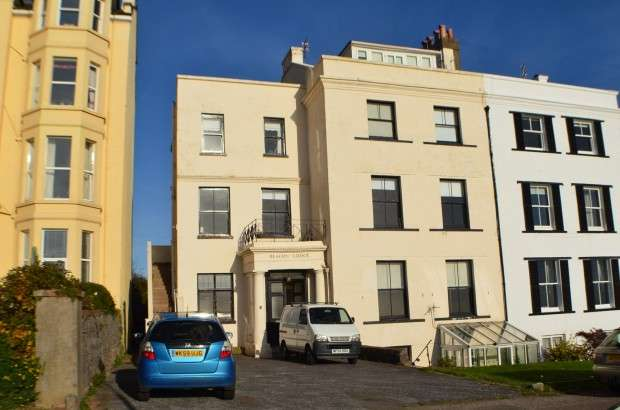2 Bedrooms Apartment Flat for rent in Beacon Lodge, 3 Louisa Terrace, Exmouth, EX8