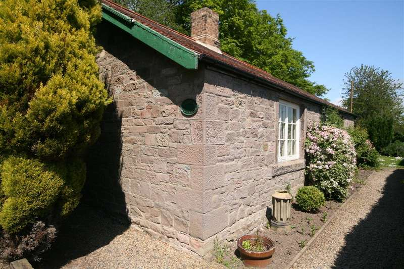 3 Bedrooms Detached House for sale in The Bothy, Ellingham Hall, Chathill
