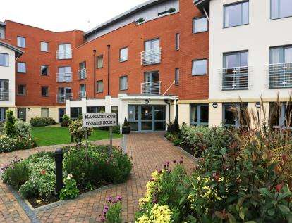1 Bedroom Flat for sale in Lysander House, Lysander House, Josiah Drive, Uxbridge